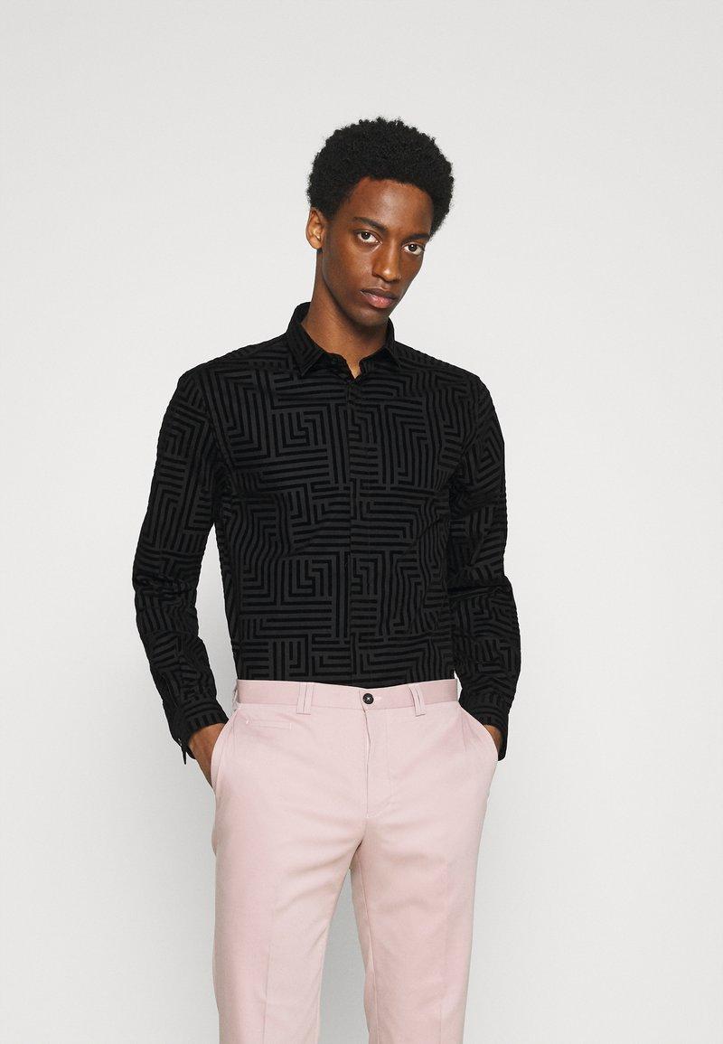 Twisted Tailor - HORLEY SHIRT - Camicia elegante - black