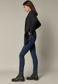 Massimo Dutti - SKINNY-FIT - Jeans Skinny Fit - blue - 1