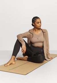 Puma - STUDIO LAYERED CROP  - Top - amphora - 1