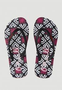 O'Neill - MOYA  - T-bar sandals - black with purple - 4