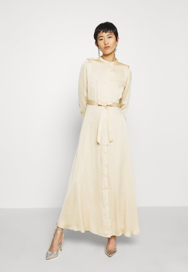 TRENCH MAXI DRESS - Abito a camicia - wheat