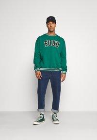 FUBU - COLLEGE - Sweater - green - 1