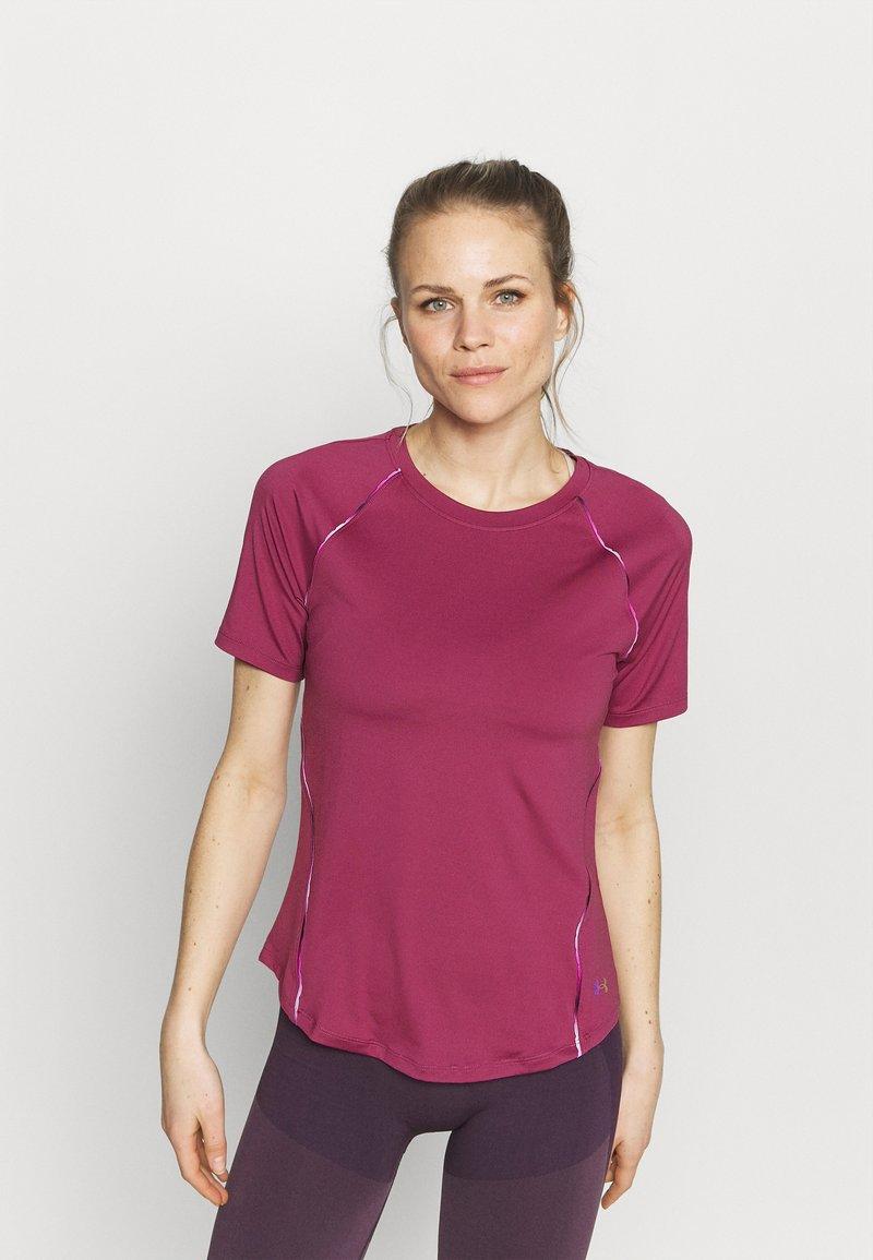 Under Armour - RUSH SCALLOP  - T-shirt con stampa - pink quartz