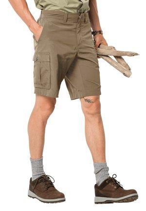 CANYON CARGO - Outdoor shorts - sand dune