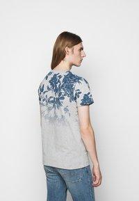 JOOP! Jeans - ALARON - Print T-shirt - medium blue - 2