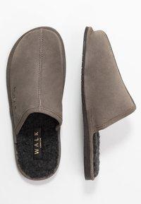 Walk London - LANGLEY - Domácí obuv - grey - 1