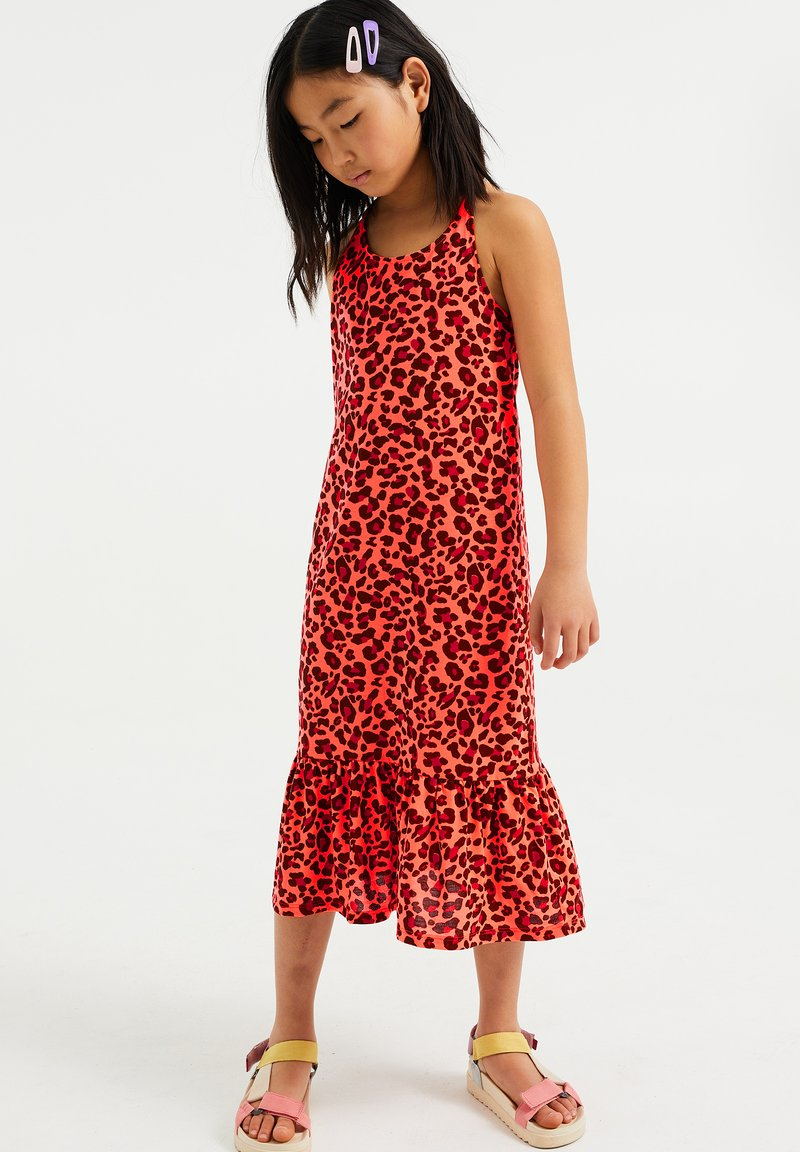 WE Fashion - MET LUIPAARDPRINT - Jersey dress - neon pink