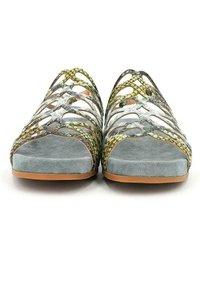 Alma en Pena - Sandals - green - 4