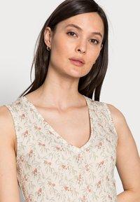 Rich & Royal - DRESS PRINTED - Maxikjole - white stone - 3