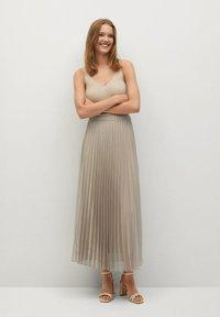 Mango - MIT METALLIC-EFFEKT - A-line skirt - beige - 1