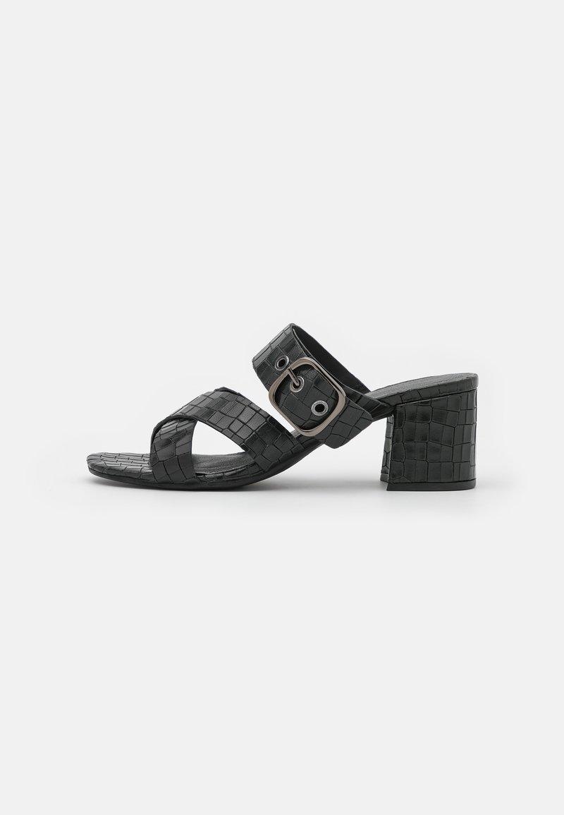 Bugatti - VAIANA - Heeled mules - black