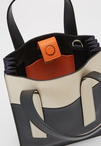 Paul Smith - WOMEN BAG MINI TOTE CON - Borsa a mano - slate - 3