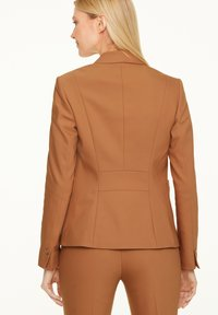 comma - MIT STITCHINGS - Blazer - chocolate camel - 2