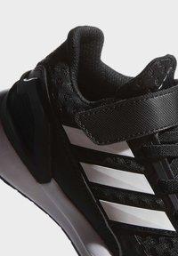 adidas Performance - RAPIDARUN UNISEX - Neutrální běžecké boty - black - 6