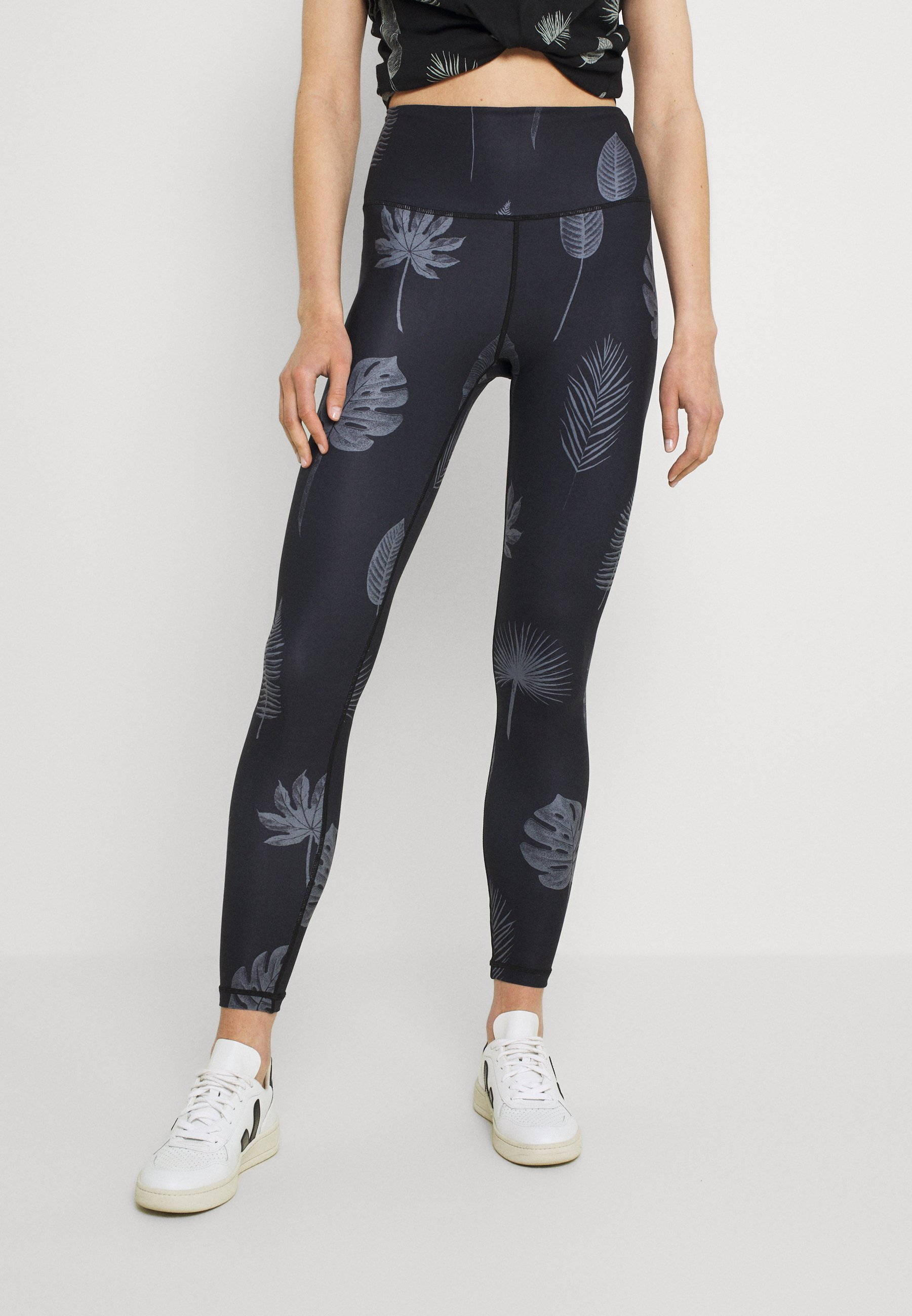 Women TIGHTS KAXHOLMEN TROPIC LEAVES - Leggings - Trousers