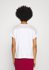 Marc Cain - Print T-shirt - multi-coloured - 2
