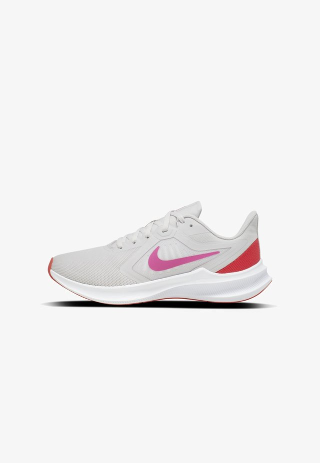 Neutral running shoes - vast grey/ember glow/white/fire pink