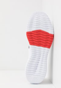 Reebok - FLEXAGON FORCE 2.0 - Sports shoes - white/black/red - 4