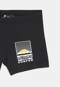 Molo - NORTON SOLID - Swimming trunks - black - 2