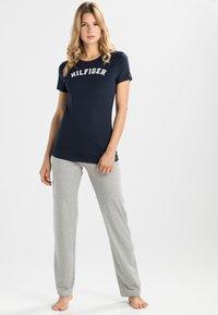 Tommy Hilfiger - TEE - Pyjama top - blue - 1