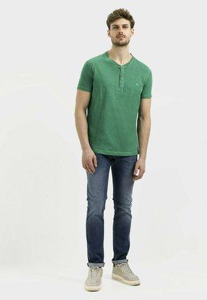 T-shirt basic - jungle green
