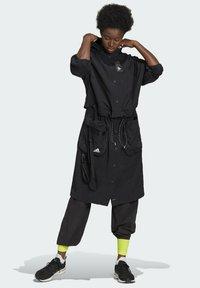 adidas Performance - Three-in-One PARKA SPORTS LOOSE JACKET - Parka - black - 0