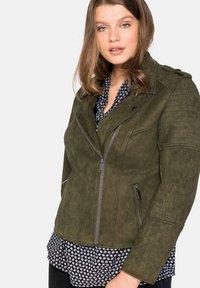 Sheego - Faux leather jacket - dunkelkhaki - 3