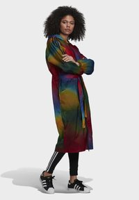 adidas Originals - PAOLINA RUSSO COLLAB SPORTS INSPIRED LOOSE LONG JACKET - Manteau classique - multicolor - 1