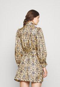 sandro - Shirt dress - doré/bleu - 2