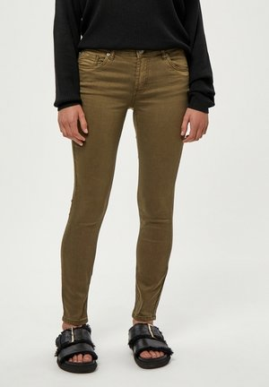 LOLA GARMENT DYE MIDWAIST - Jeans Skinny Fit - military olive