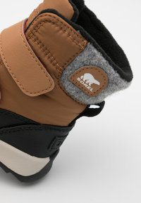 Sorel - CHILDRENS WHITNEY II UNISEX - Winter boots - elk - 5