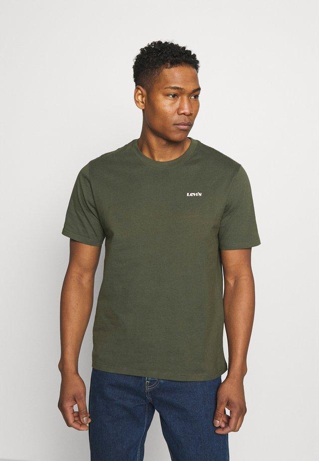 LOGO TEE UNISEX - Jednoduché triko - greens