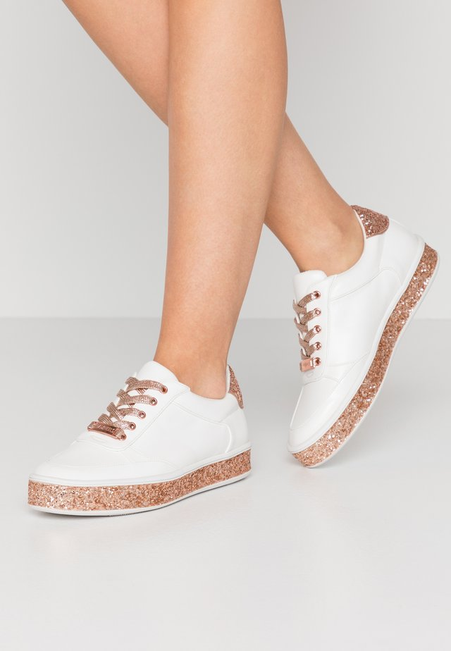 ELAIINE - Trainers - white