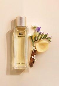 Lacoste Fragrances - POUR FEMME EAU DE PARFUM - Perfumy - - - 2