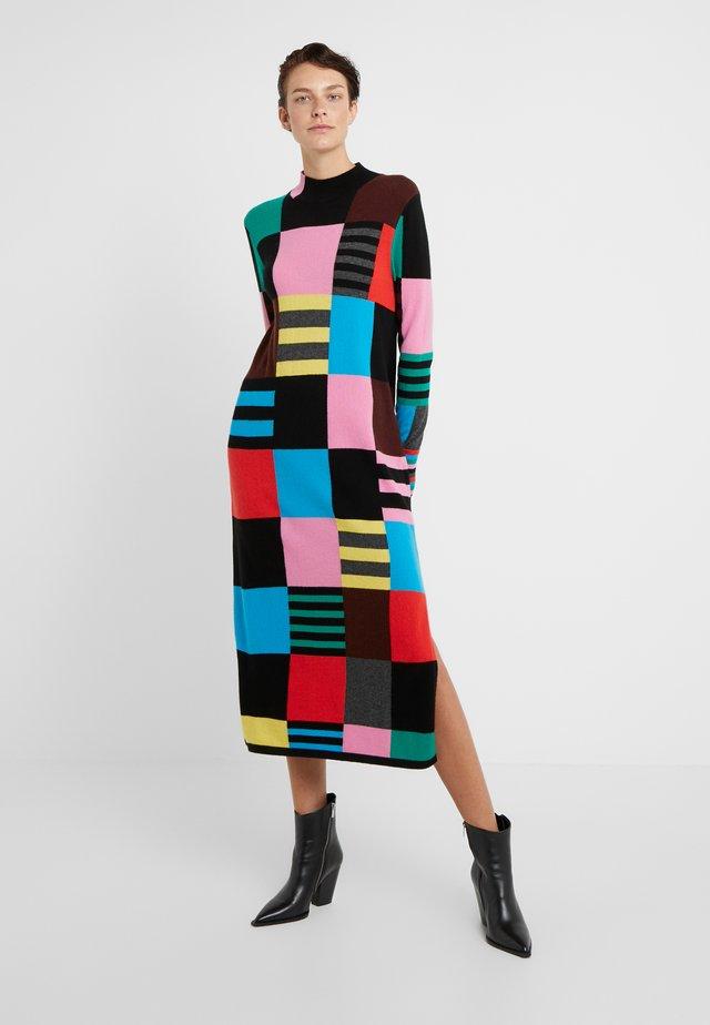 ECCENTRIC SWEATER DRESS - Robe pull - multi