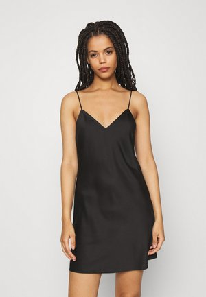 SIMPLE NIGHTIE  - Nattskjorte - black