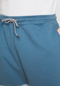 PS Paul Smith - MENS TIE DYE - Tracksuit bottoms - light blue - 4
