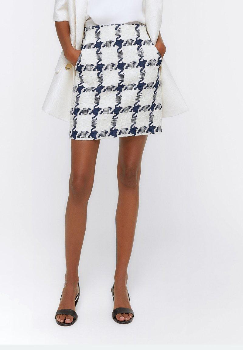 Uterqüe - Mini skirt - dark blue