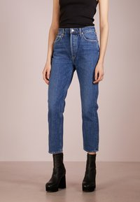 Agolde - RILEY HIGHRISE - Straight leg jeans - air blue - 0