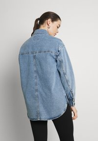 JDY - JDYBAILEY LIFE  - Short coat - light blue denim - 2
