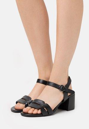 VAIANA - Sandales - schwarz
