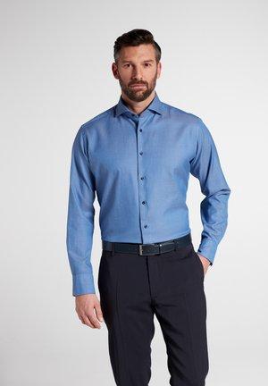 MODERN FIT - Zakelijk overhemd - mittelblau