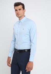 Tommy Hilfiger - Shirt - shirt blue - 0