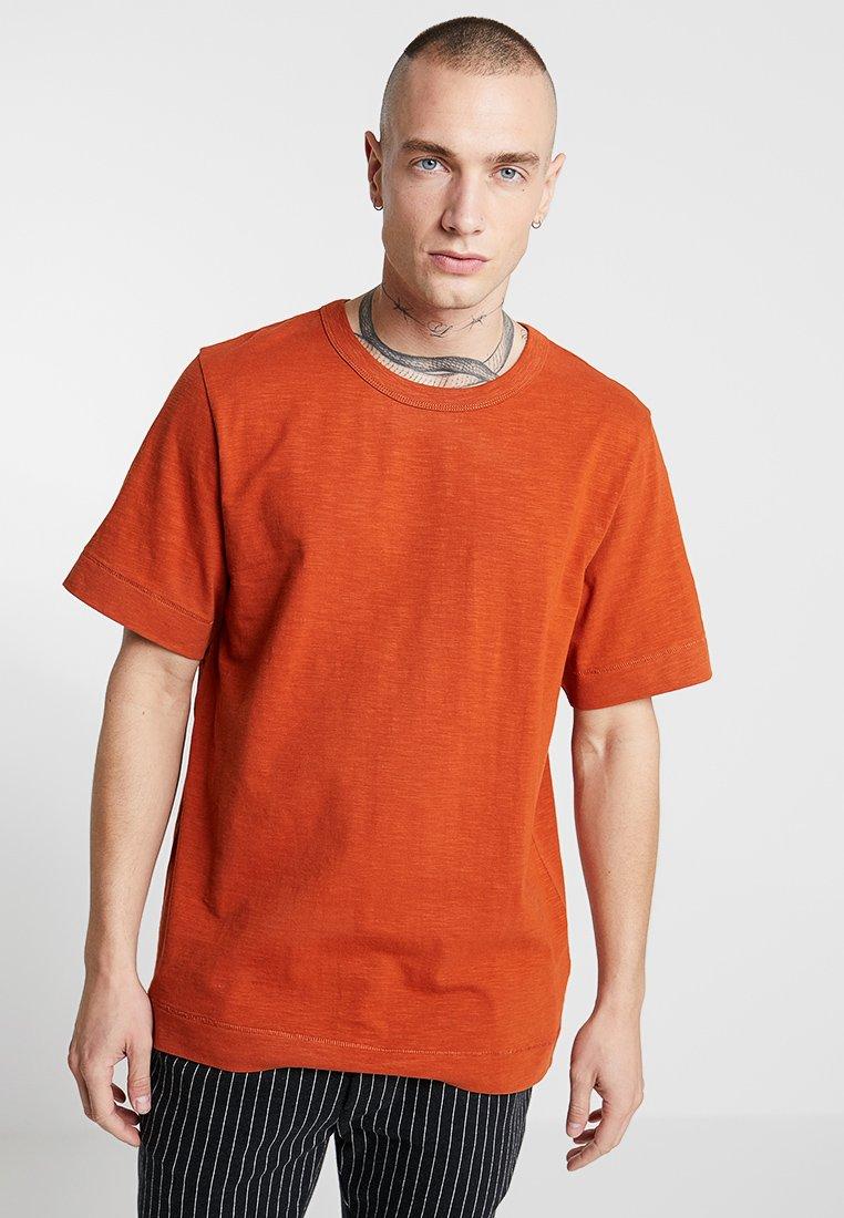 Weekday - JAMIE SLUB - Jednoduché triko - rust