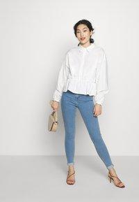 Topshop Tall - JONI CLEAN - Jeans Skinny Fit - blue - 1