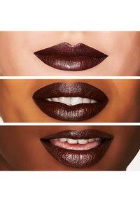 MAC - SATIN LIPSTICK - Lipstick - film noir - 1