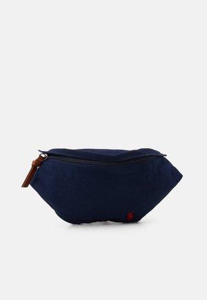 WAISTPACK WAIST BAG MEDIUM UNISEX - Bum bag - newport navy