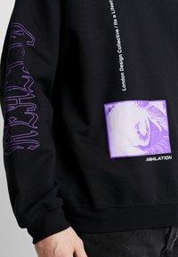 Mennace - REALITY  - Sweatshirt - black - 4