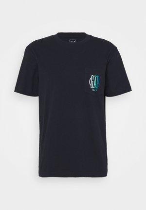 T-shirt med print - night sky