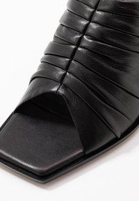3.1 Phillip Lim - GEORGIA RUCHED MULE - Pantofle na podpatku - black - 2